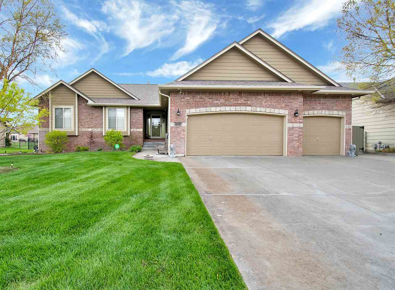 Call for a Private showing today! Enjoy lake living in this former model home, Blue Lake is a lakesi