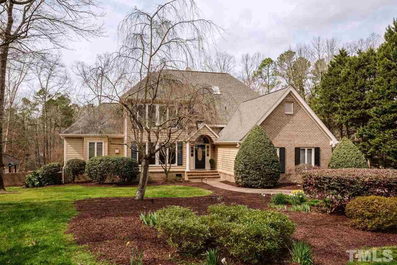 864 Pinehurst Drive, Chapel Hill, NC 27517