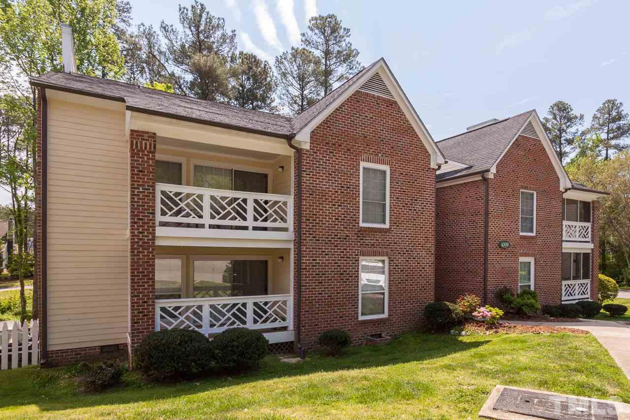 Property for sale at 1008 Kingswood Drive Unit H, Chapel Hill,  NC 27517