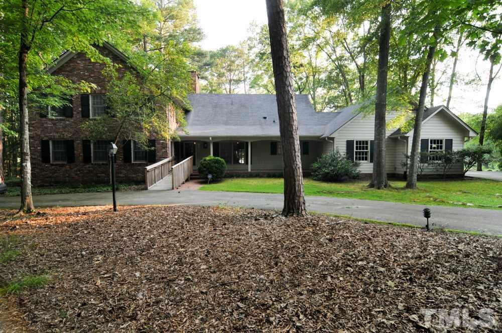 449 Lakeshore Lane, Chapel Hill, NC 27514