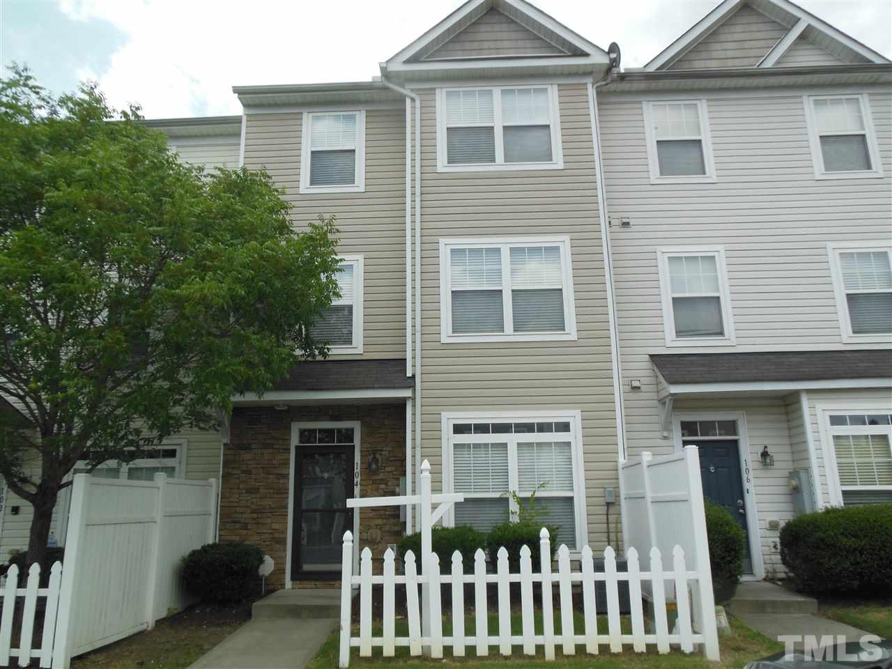 Wonderful 3 Bedroom / 2 and half bath Townhome has a spacious & bright family rm, separate dining space, additional breakfast nook, powder rm, & open kitchen on the 1st floor; featuring a full appliance package, pantry, & lots of cabinet space. A conveniently isolated laundry rm & spacious secondary BRs on the 2nd, & a huge master suite w/ sitting area & deluxe master spa on the third floor. Community Pool.