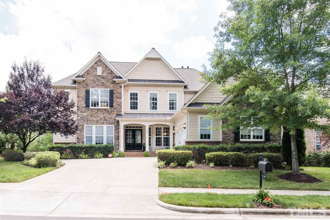 907 Ravendale Place, Cary, NC 27513