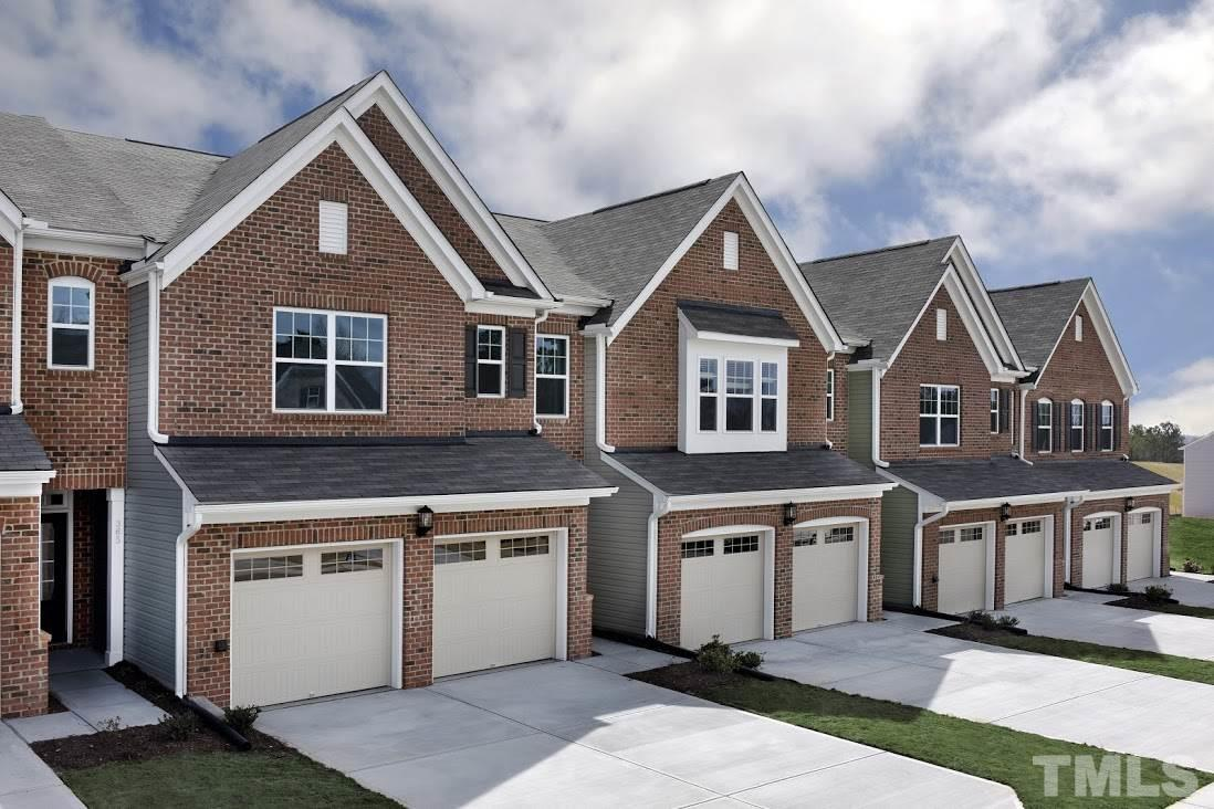 Photo of home for sale at 521 Durants Neck Lane, Morrisville NC