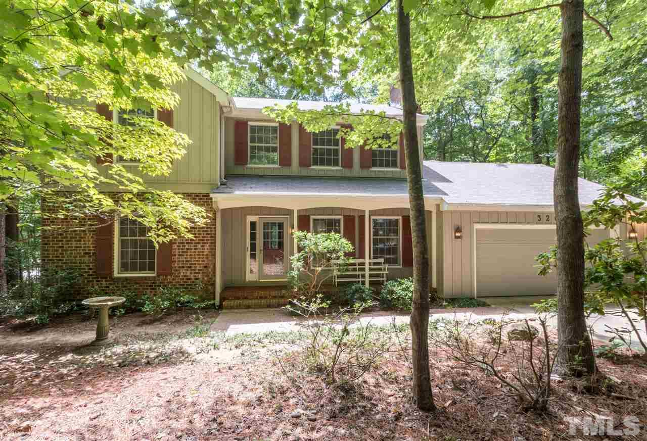 Photo of home for sale at 320 Old Forest Creek Drive, Chapel Hill NC