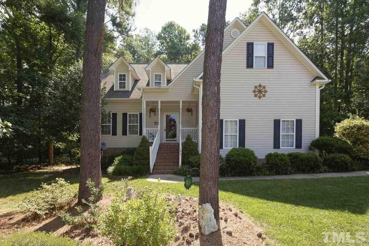 Photo of home for sale at 192 Manchester Trail, Clayton NC