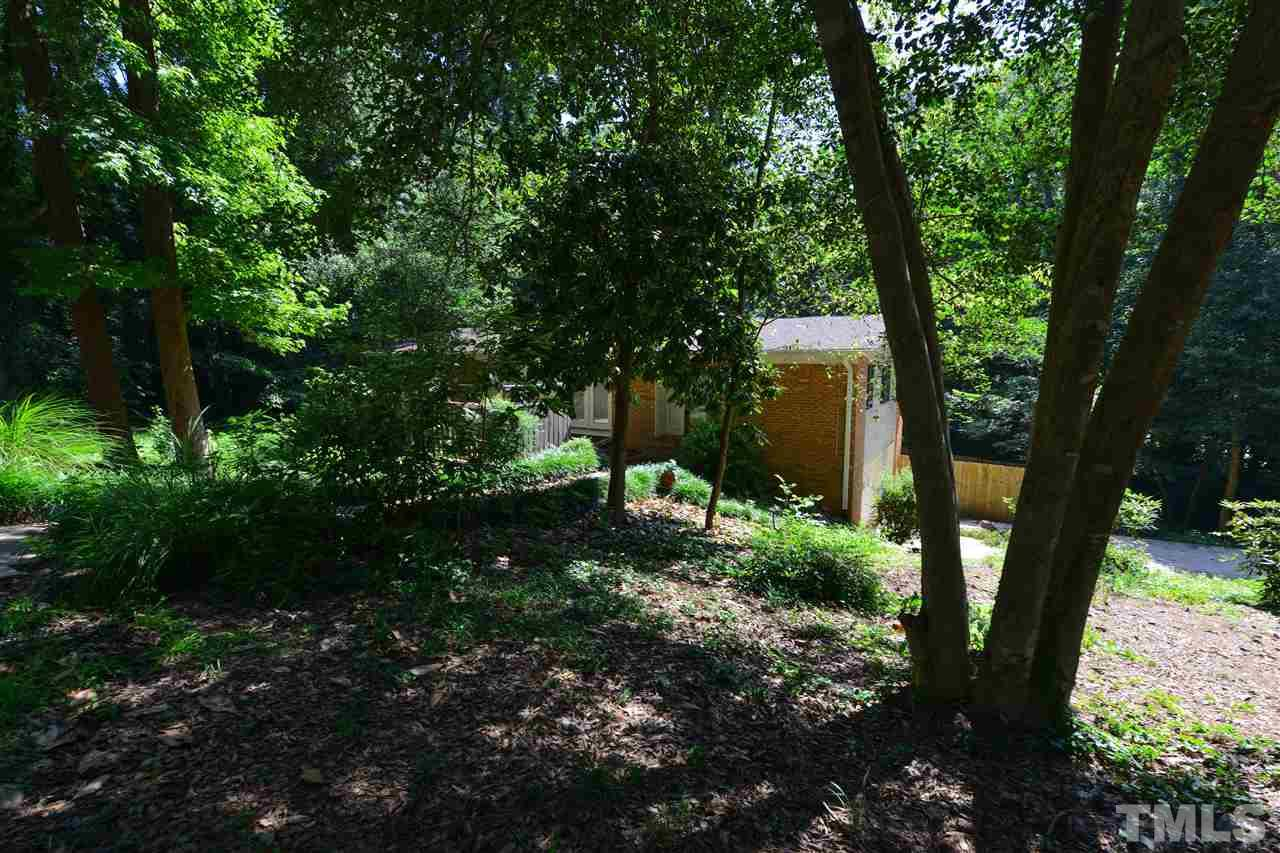 Photo of home for sale at 4700 Woodridge Drive, Raleigh NC