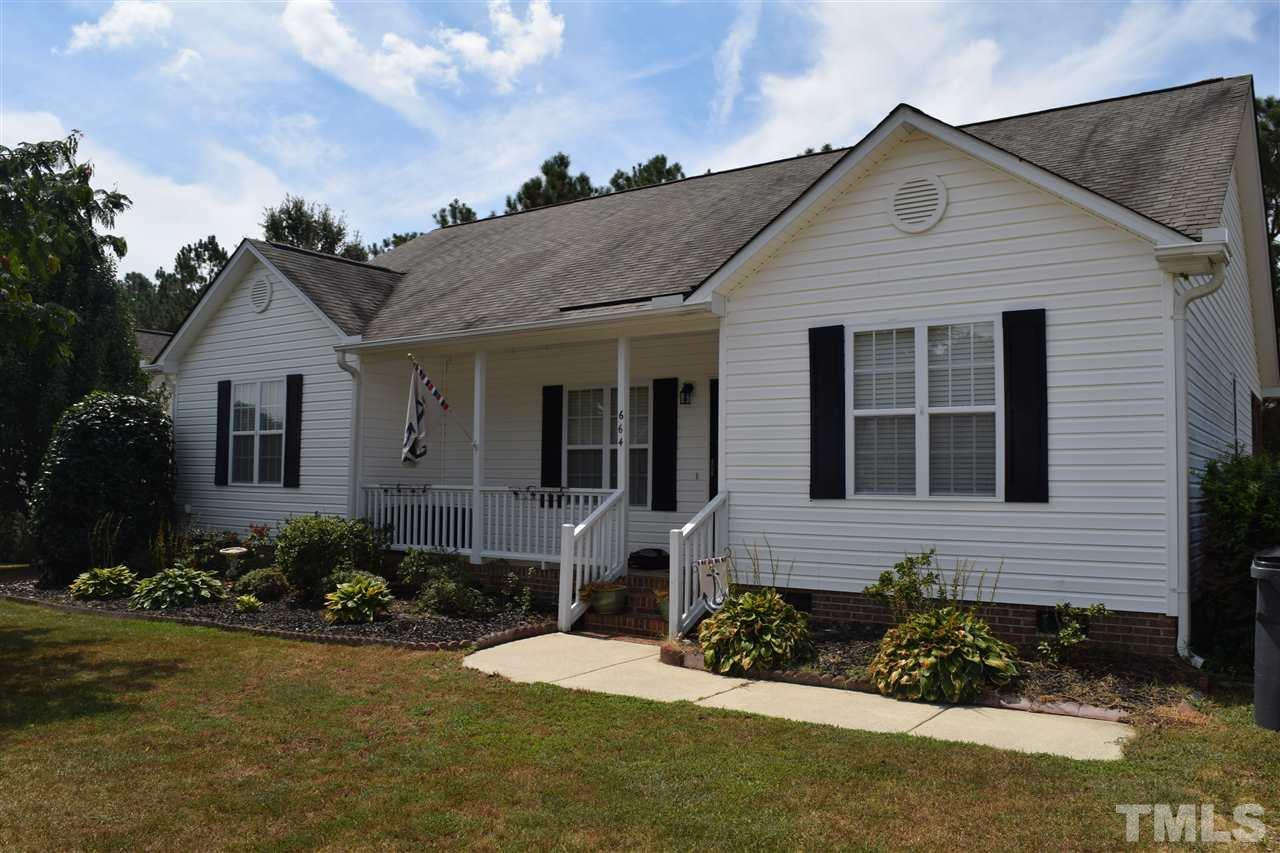 Photo of home for sale at 664 Annali Way, Wendell NC