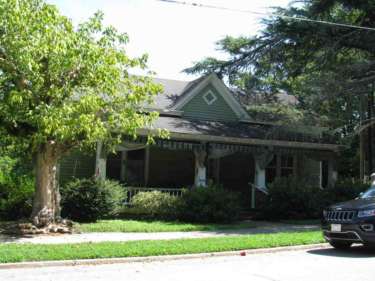 Photo of home for sale at 304 Burwell Avenue, Henderson NC