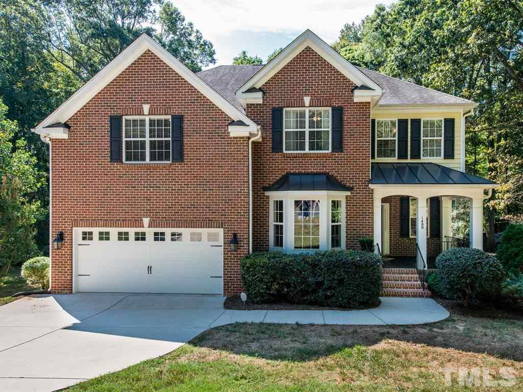 Photo of home for sale at 1400 Medfield Road, Raleigh NC
