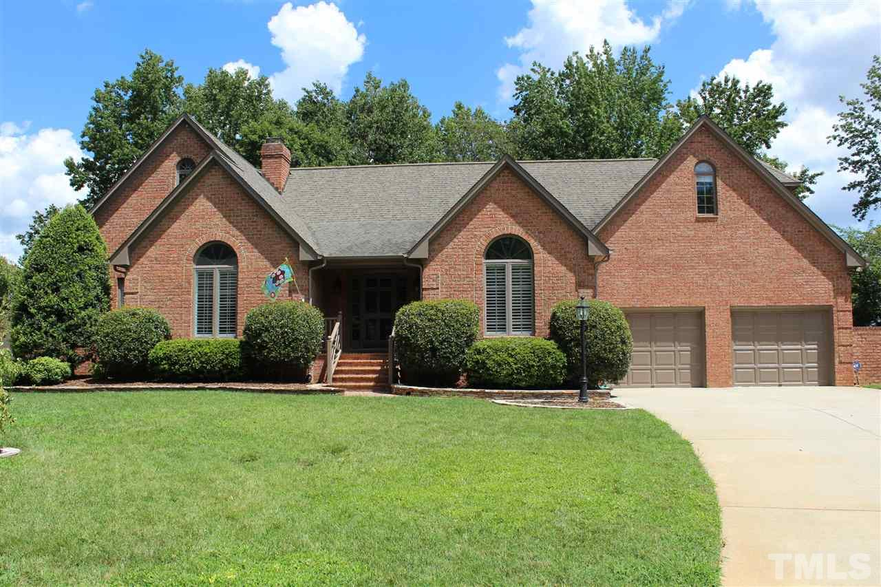 Photo of home for sale at 211 Brompton Court, Burlington NC