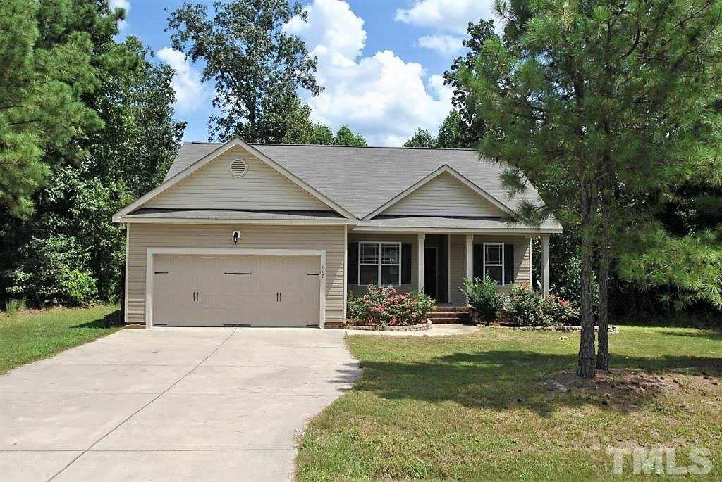 Photo of home for sale at 117 Maple Leaf Court, Lillington NC