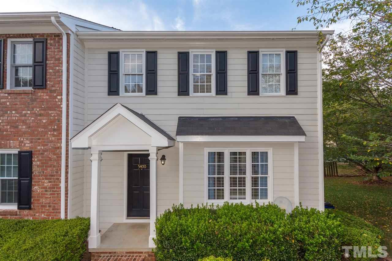 Photo of home for sale at 5400 Picket Fence Lane, Raleigh NC