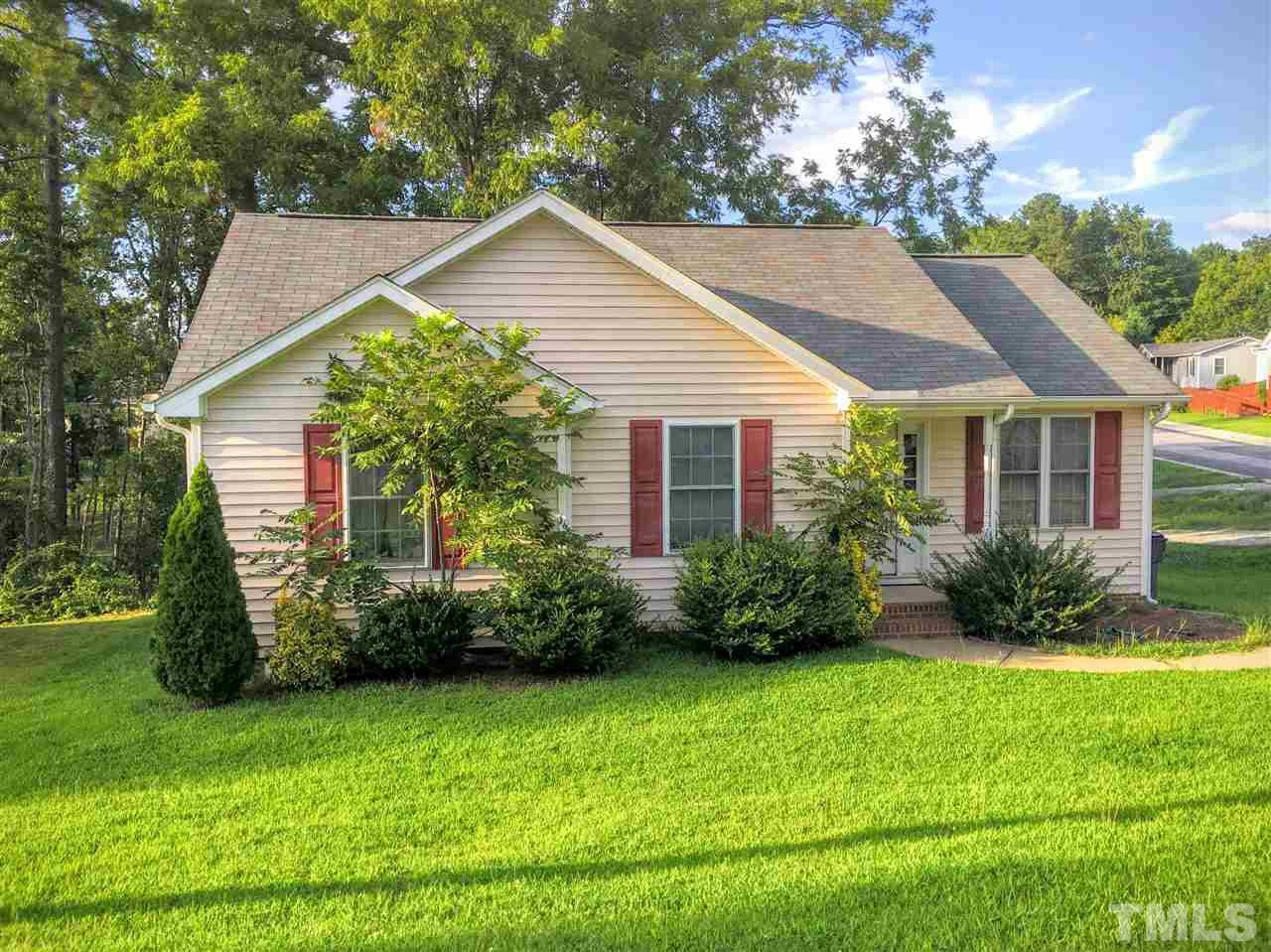 Photo of home for sale at 300 Lynch Street, Apex NC
