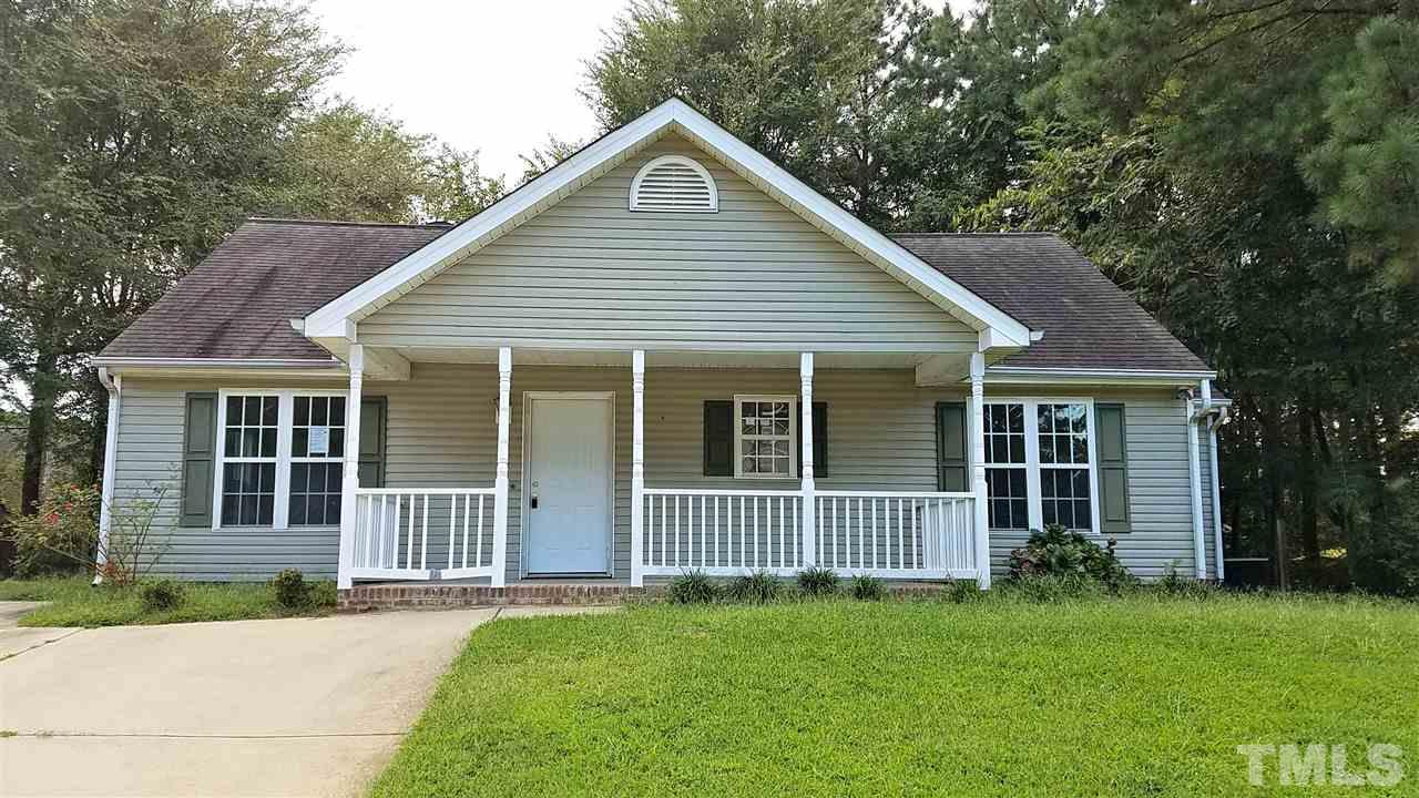 Photo of home for sale at 404 Flaherty Avenue, Wake Forest NC