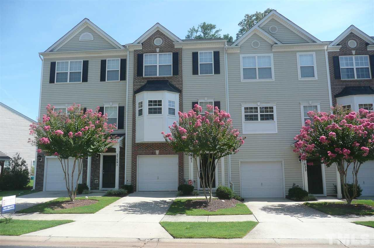 Photo of home for sale at 2759 Wyntercrest Lane, Durham NC