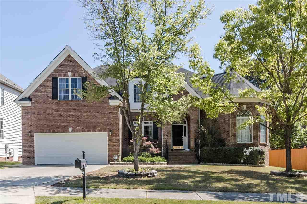 Photo of home for sale at 4809 Dutchess Lane, Durham NC
