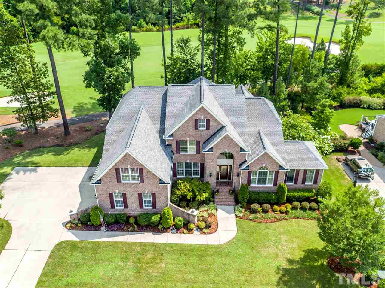 Photo of home for sale at 9520 Clubvalley Way, Raleigh NC