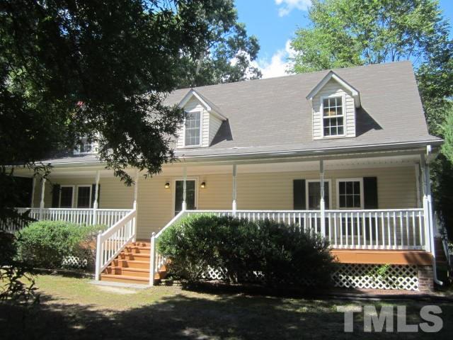 Photo of home for sale at 603 Wilton Avenue E, Creedmoor NC