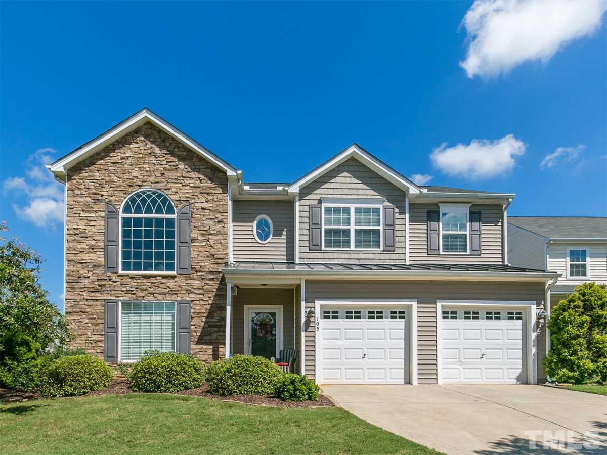 Photo of home for sale at 105 Saltybrook Lane, Holly Springs NC