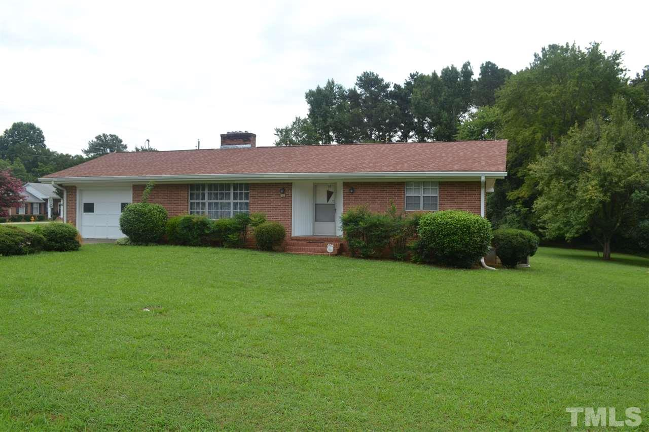 Photo of home for sale at 10 Delta Place, Henderson NC