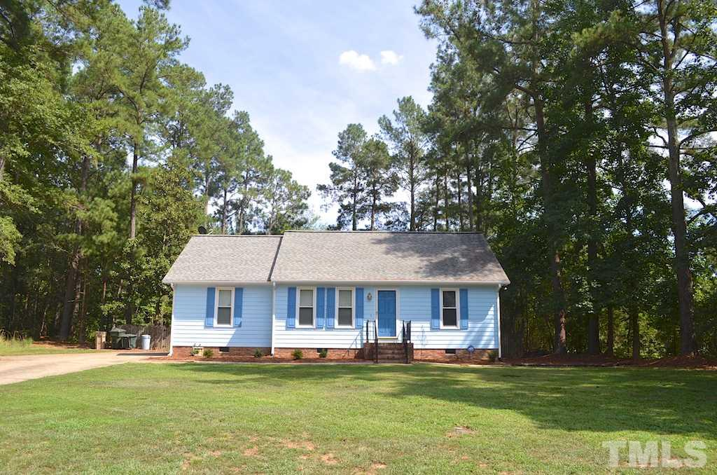 Photo of home for sale at 1309 Pineview Drive, Garner NC