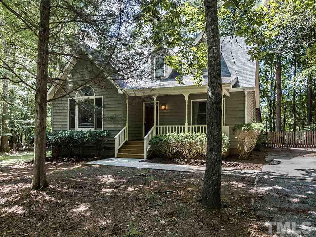 Photo of home for sale at 1010 Tallyho Trail, Chapel Hill NC