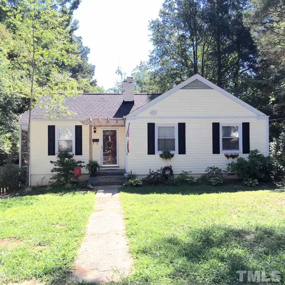 Photo of home for sale at 412 Colleton Road, Raleigh NC
