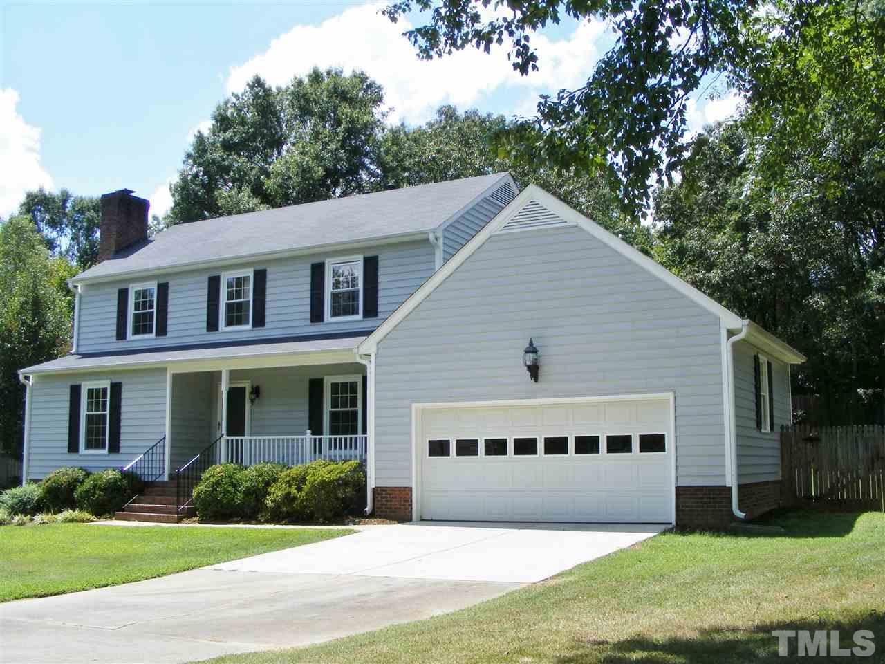 Photo of home for sale at 414 Edinburgh Drive, Burlington NC