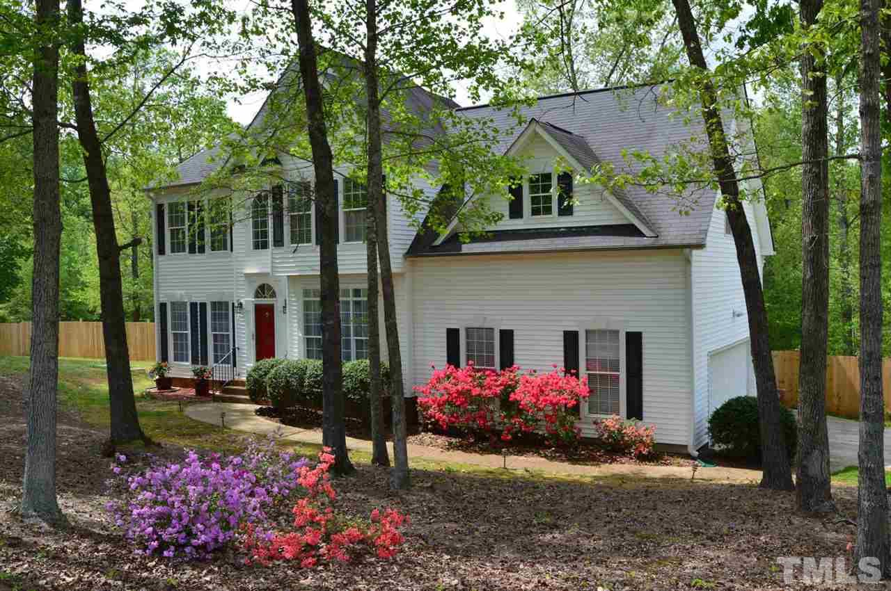 Photo of home for sale at 1201 Red Brick Road, Garner NC