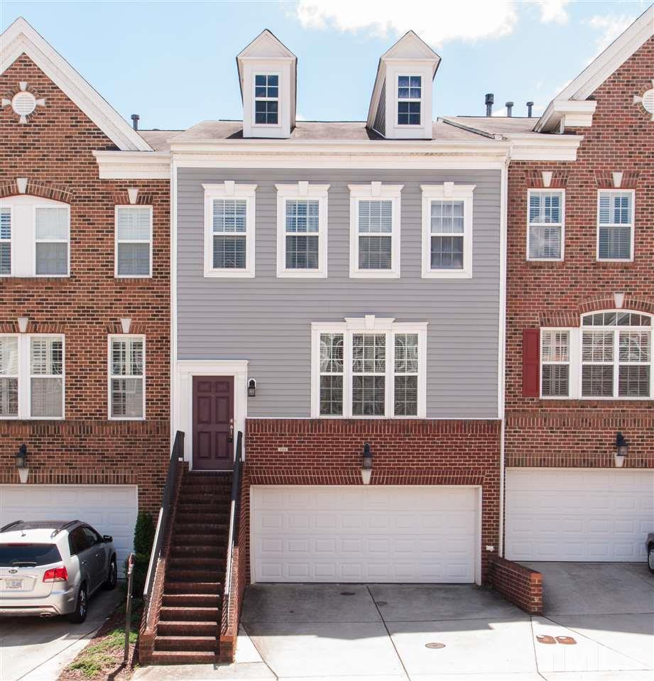 Photo of home for sale at 3124 Hudson Hill Lane, Raleigh NC