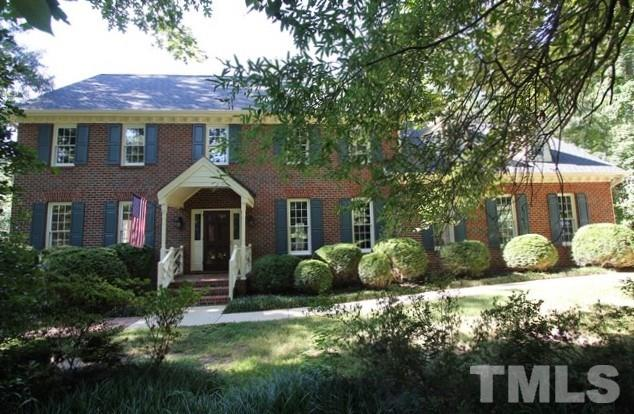 Photo of home for sale at 7801 Wood Way Court, Raleigh NC