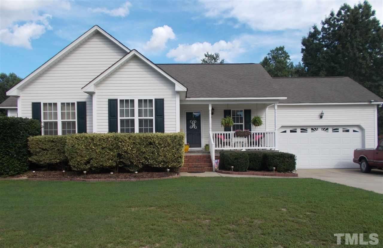 Photo of home for sale at 172 Pedernales Drive, Smithfield NC