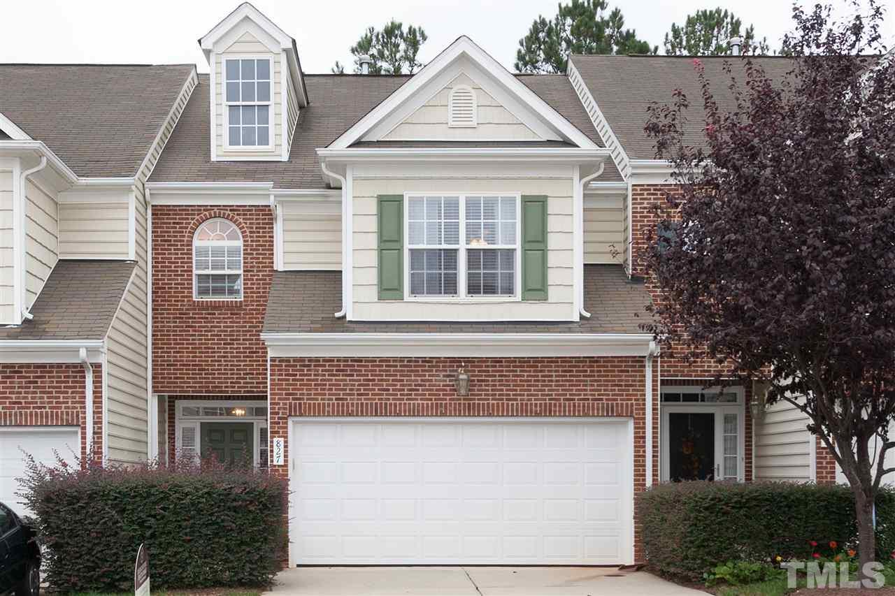 Photo of home for sale at 827 Swan Neck Lane, Raleigh NC