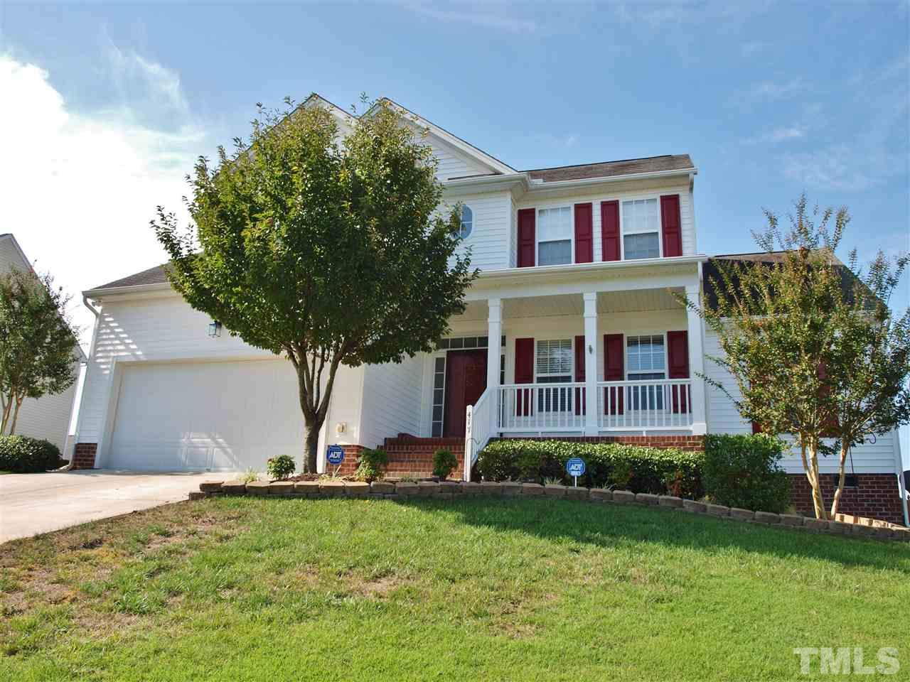 Photo of home for sale at 417 Shady Willow Lane, Rolesville NC