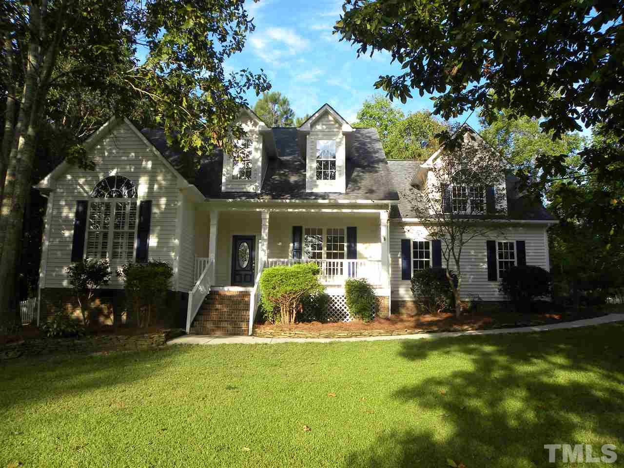 Photo of home for sale at 17 Ashlyn Drive N, Clayton NC