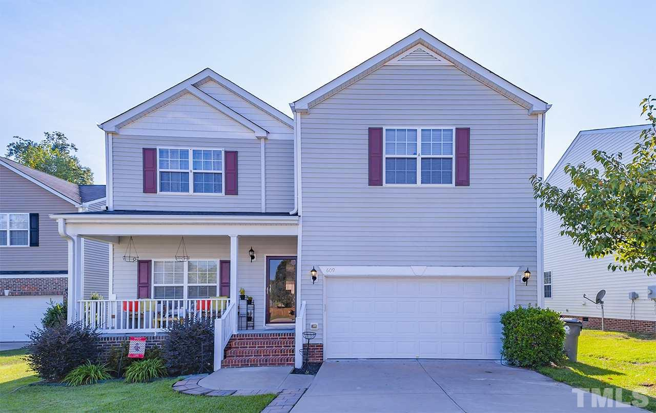 Photo of home for sale at 609 Calavaras Lane, Knightdale NC