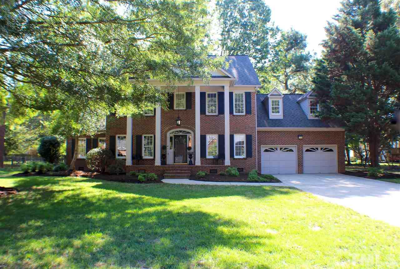 Photo of home for sale at 1024 Brookview Drive, Elon NC