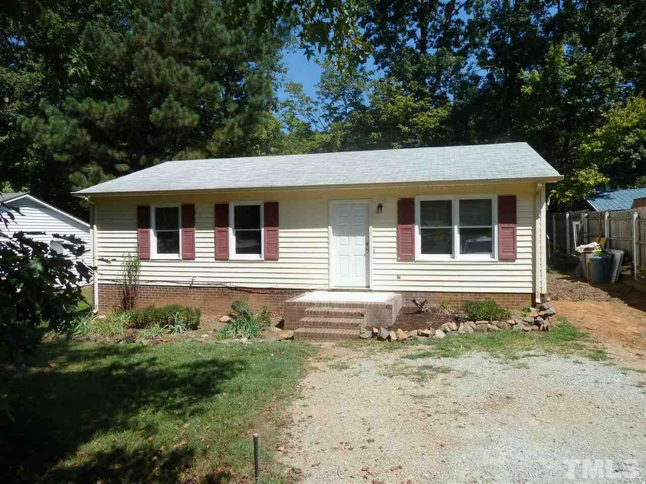 Photo of home for sale at 1108 Joseph Johnston Court, Hillsborough NC