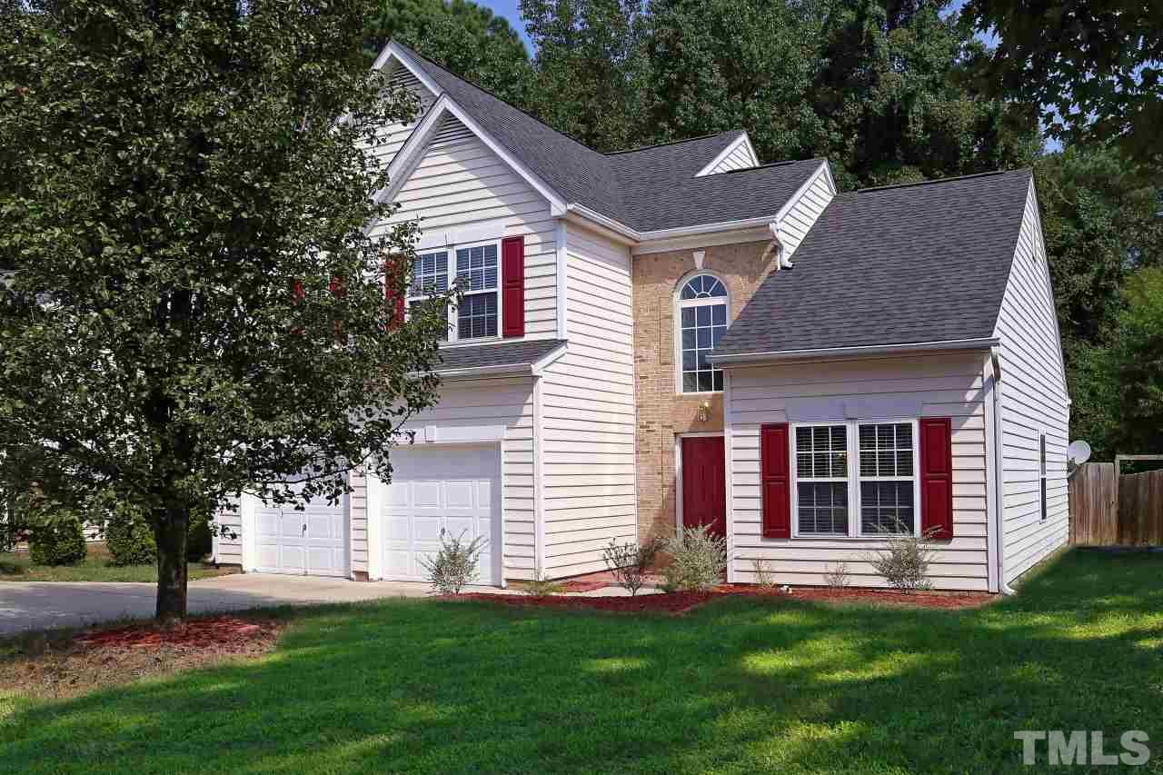 Photo of home for sale at 2224 Wyckford Forest Drive, Raleigh NC