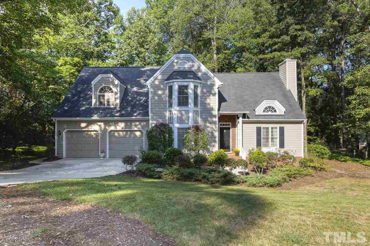 Photo of home for sale at 109 Ridgepath Way, Cary NC