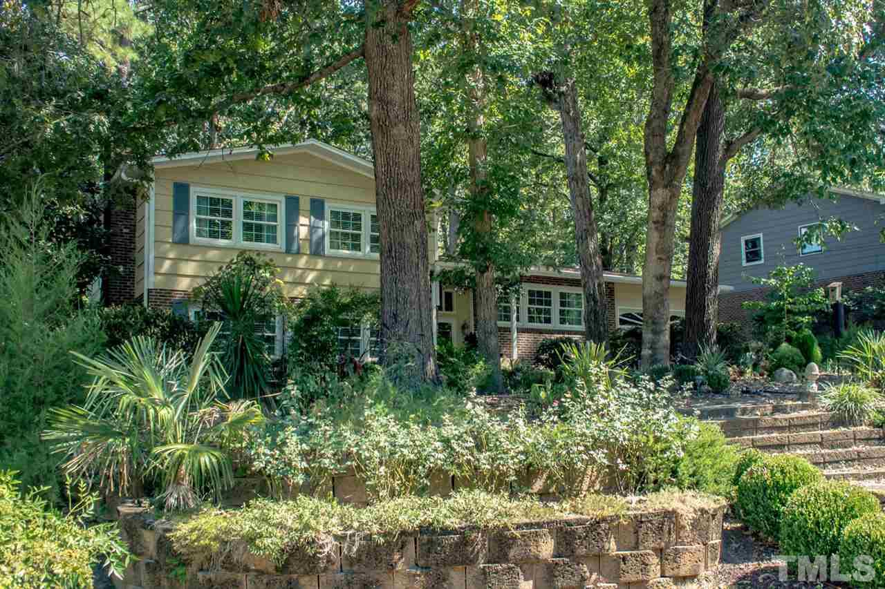 Photo of home for sale at 127 Radcliff Circle, Durham NC