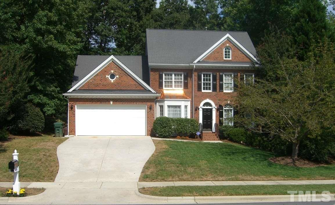 Photo of home for sale at 505 Cranborne Lane, Cary NC