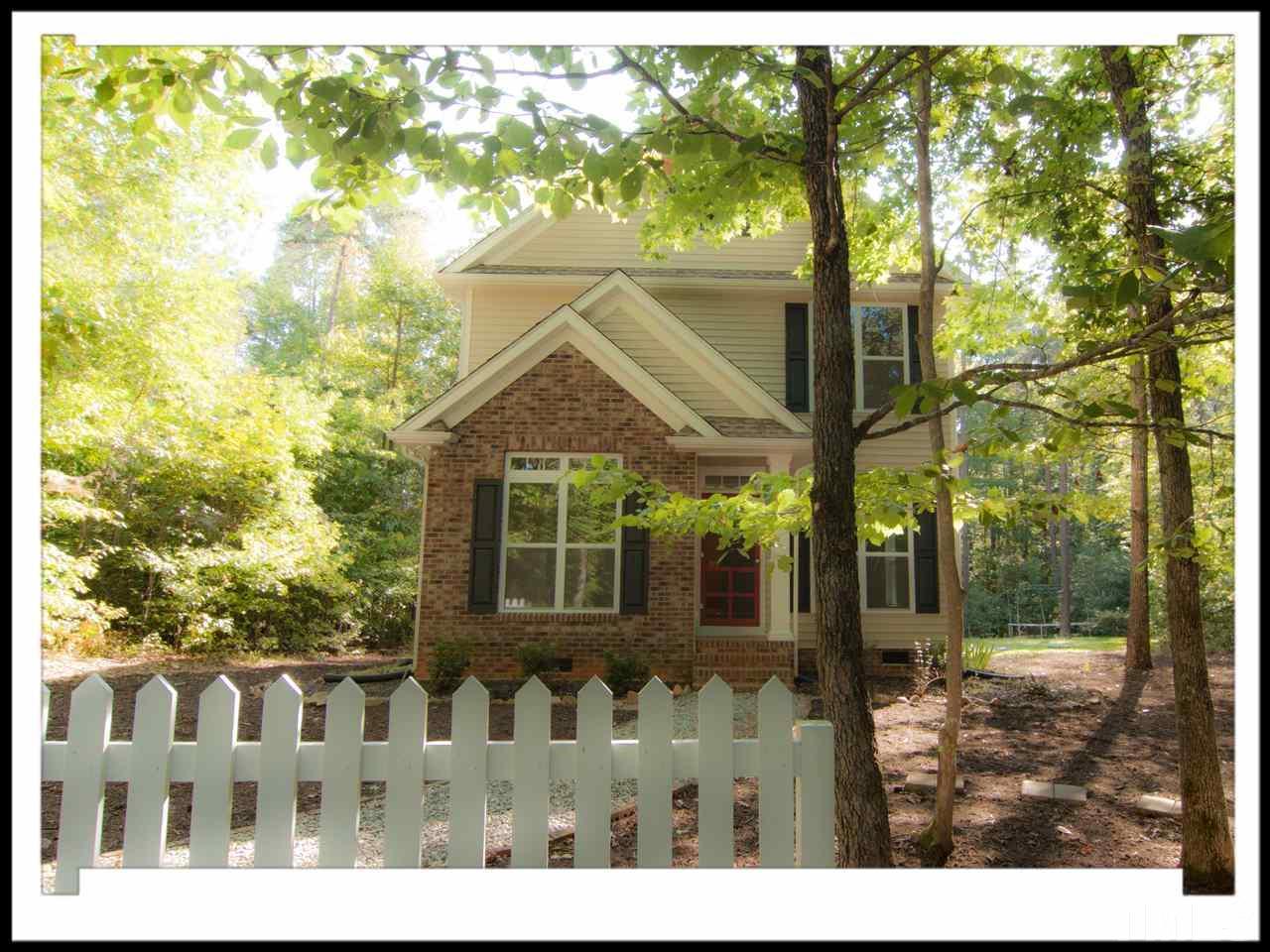 Photo of home for sale at 1001 Splendor Court, Hillsborough NC