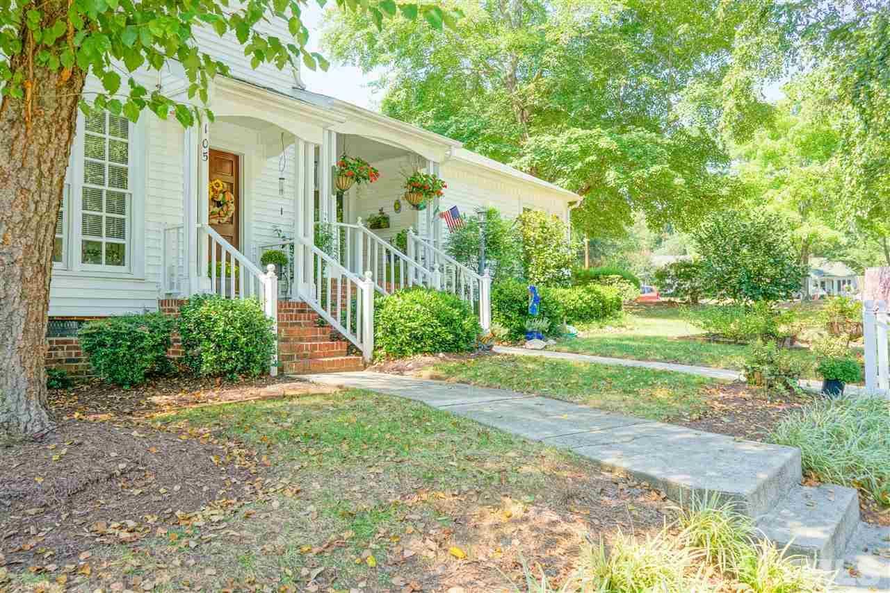Photo of home for sale at 105 Planetree Lane, Cary NC