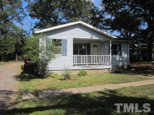 Photo of home for sale at 609 Granville Street, Oxford NC
