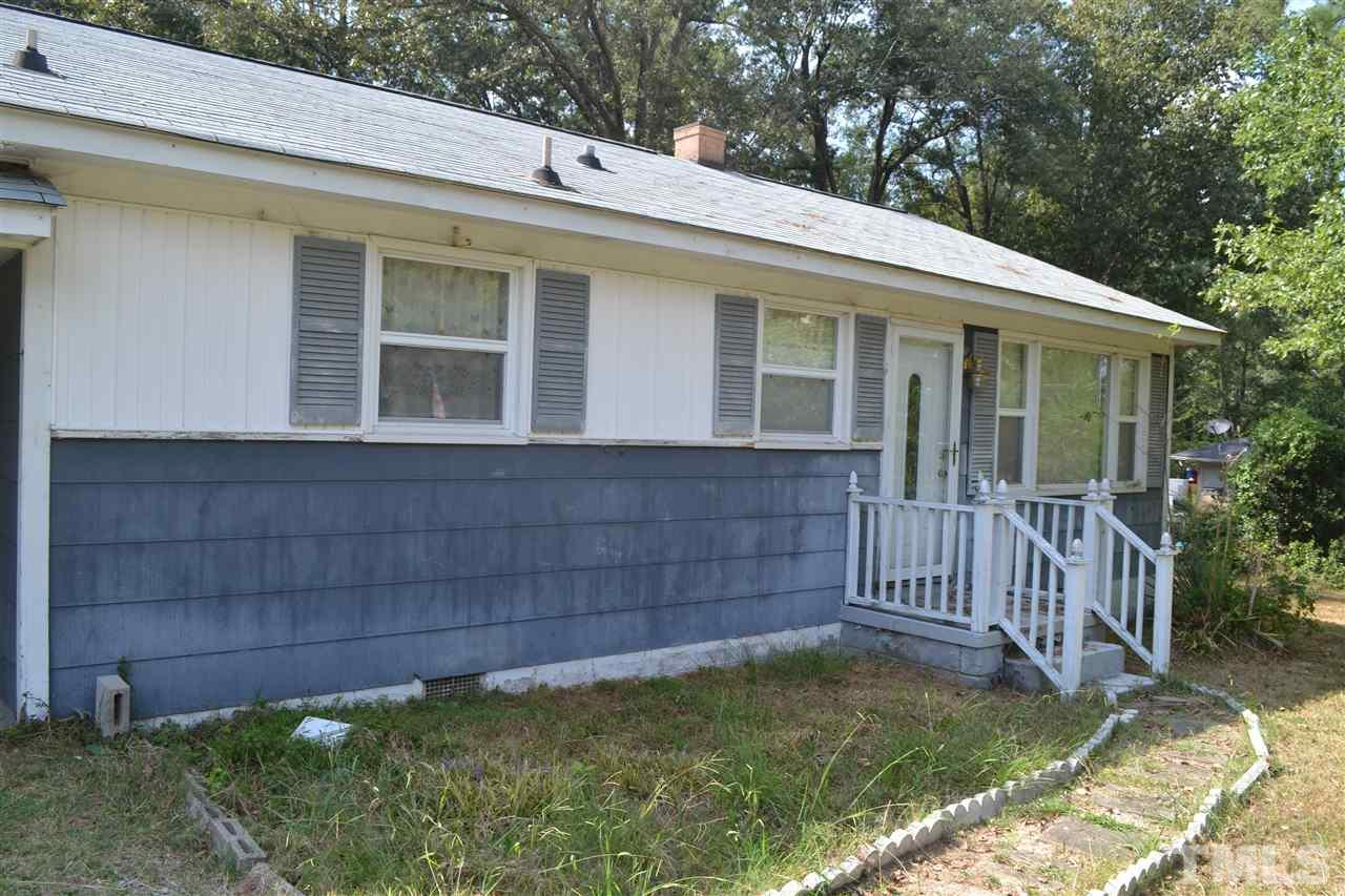 Photo of home for sale at 2711 Davie Drive, Durham NC