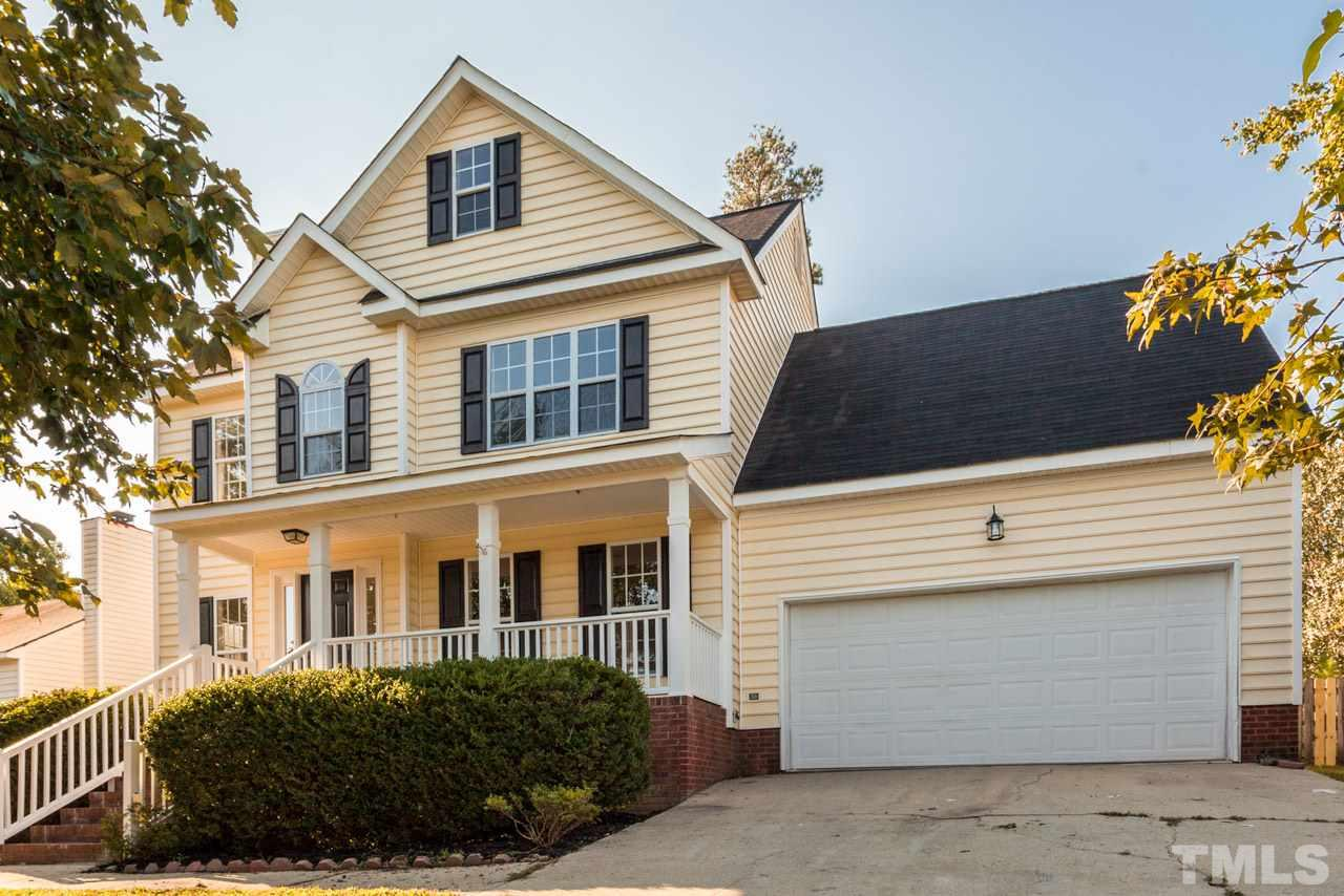Photo of home for sale at 1117 Delham Road, Knightdale NC