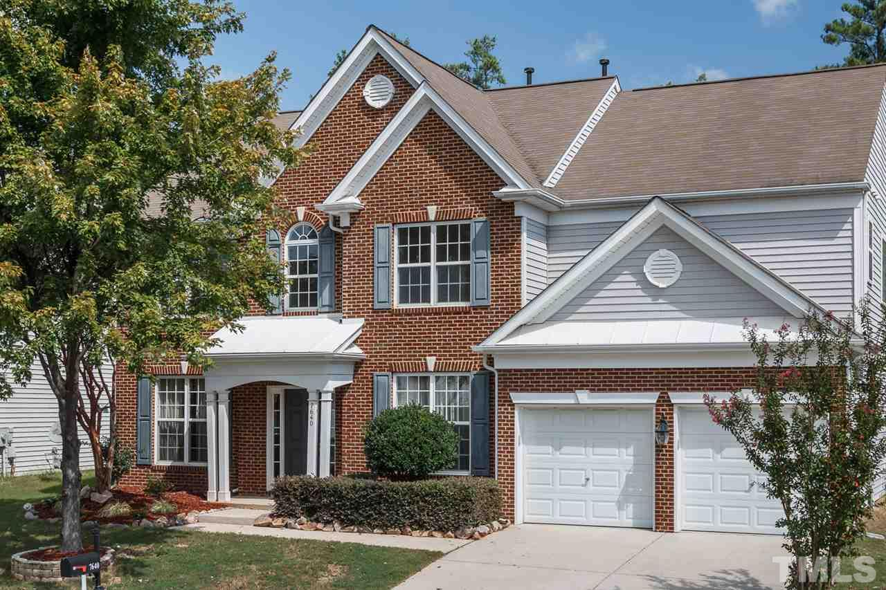 Photo of home for sale at 7640 Silver View Lane, Raleigh NC