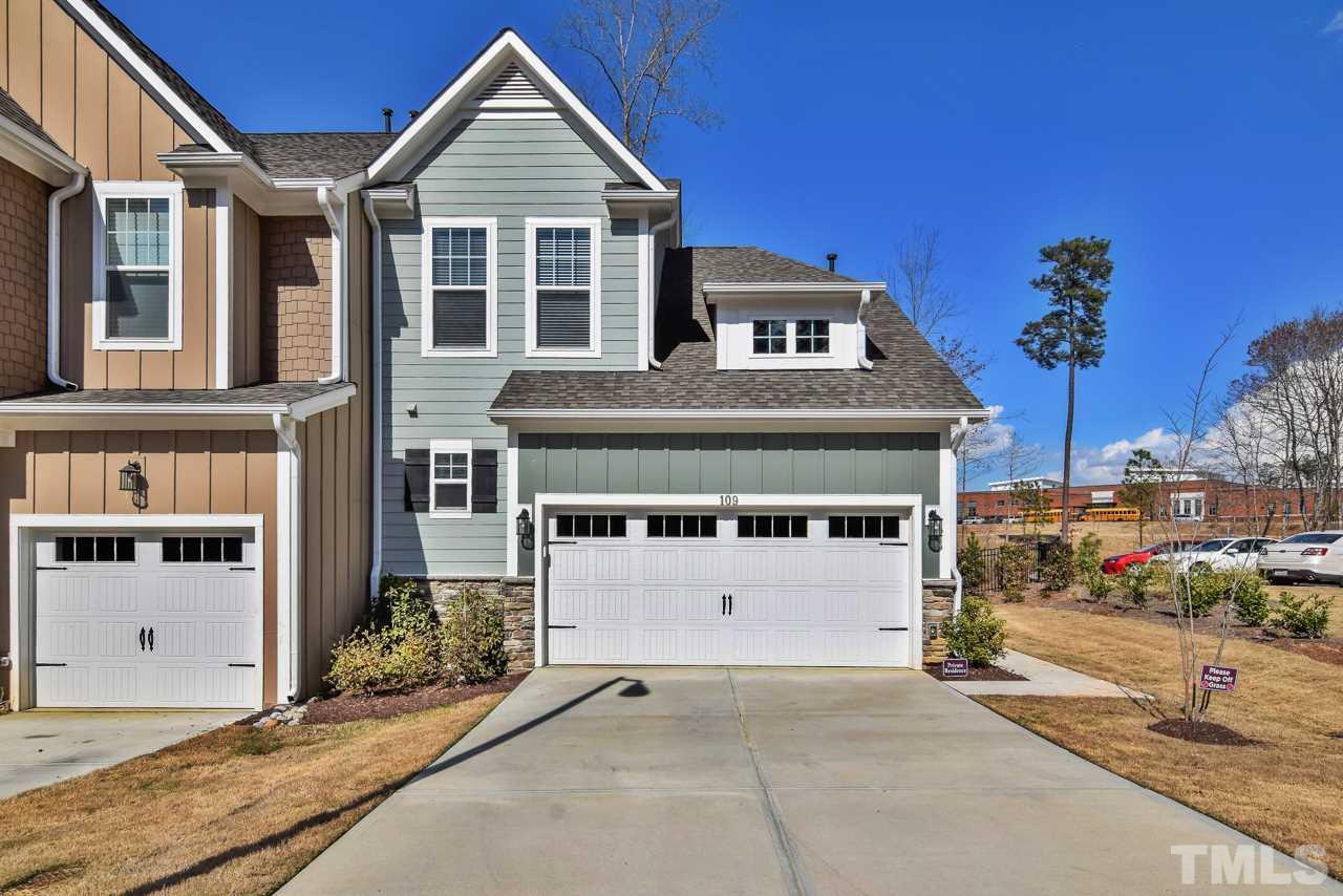 109 Hundred Oaks Lane, Holly Springs, NC 27540
