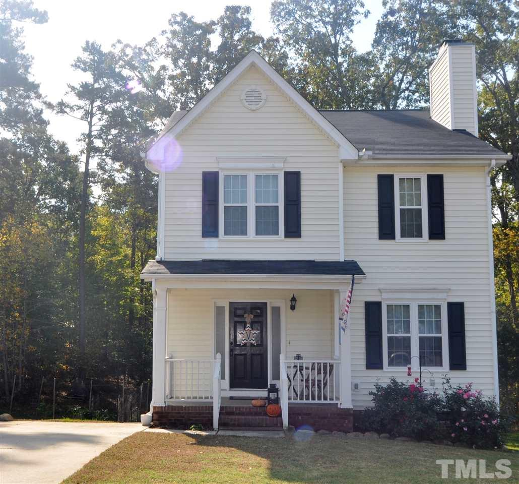 204 Braxberry Way, Holly Springs, NC 27540